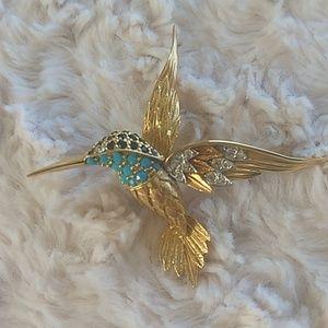 Jewelry - Beautiful Hummingbird Pin!